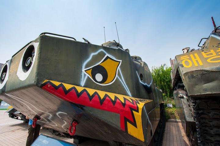 Armoured vehicles at the Korean war memorial