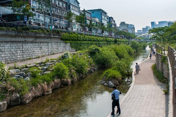 Bridge at Cheonggyecheon