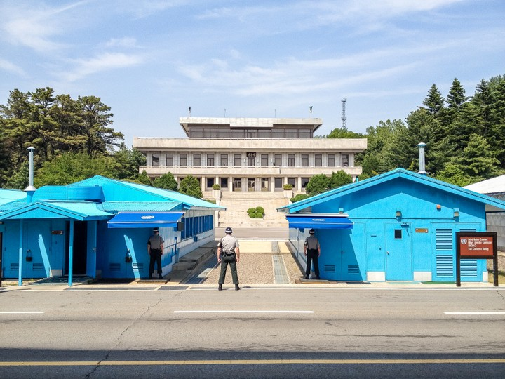 Guards at the border between North and South Korea at the Joint Security Area