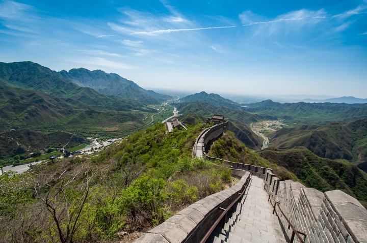 View down the Great Wall of China