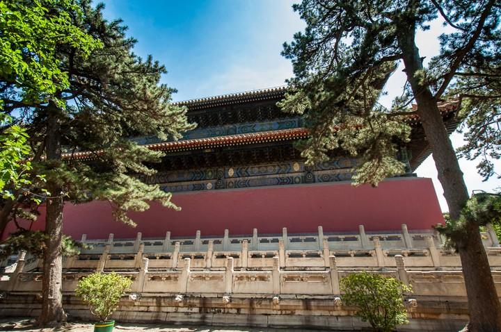Buildingt at the Emperors Tomb in Beijing