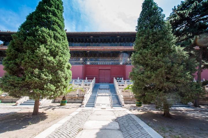 Guards guarding door at the Emperors Tomb in Beijing