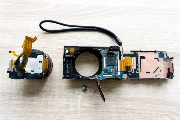 Sony RX-100 Lens removed
