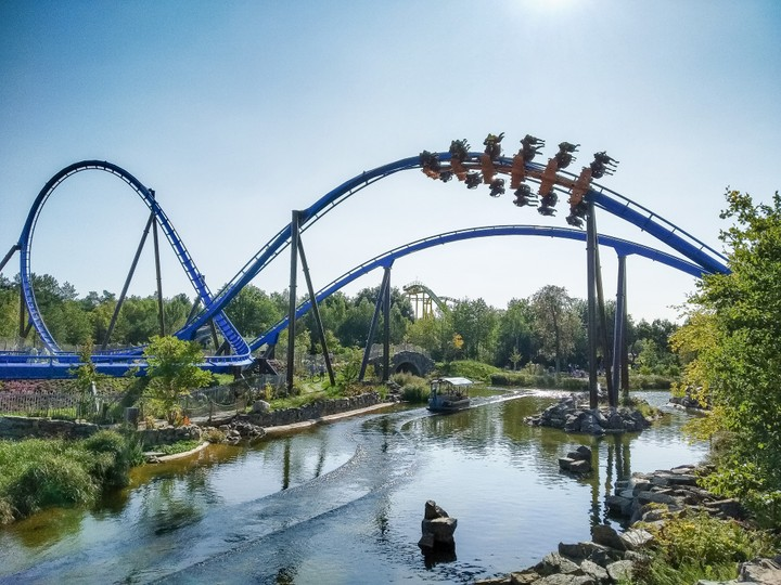 Photo of Fēnix, a roller coaster in the Toverland themepark