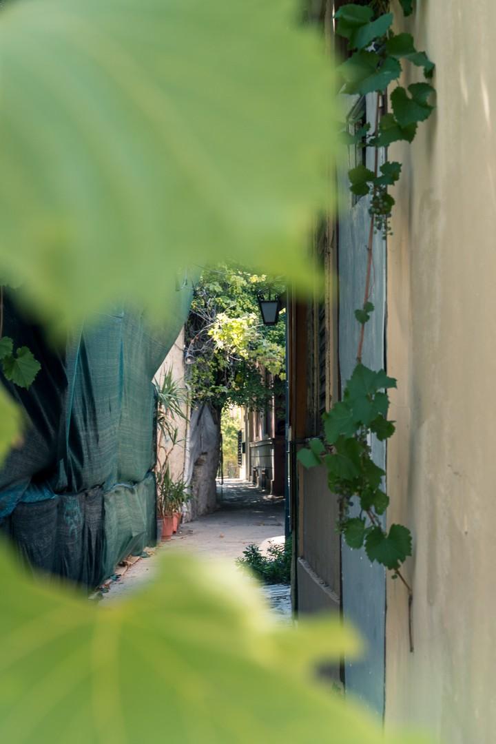Plaka alleys