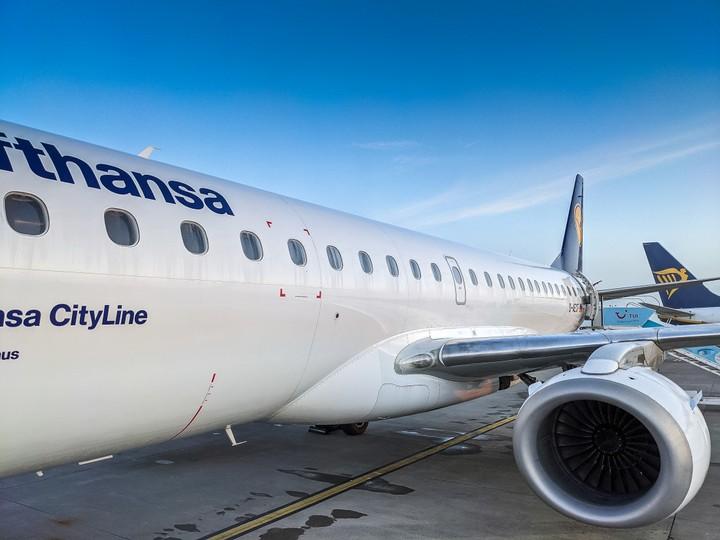 Lufthansa Embraer 190