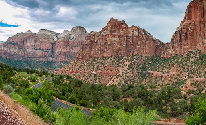 View around Zion National Park