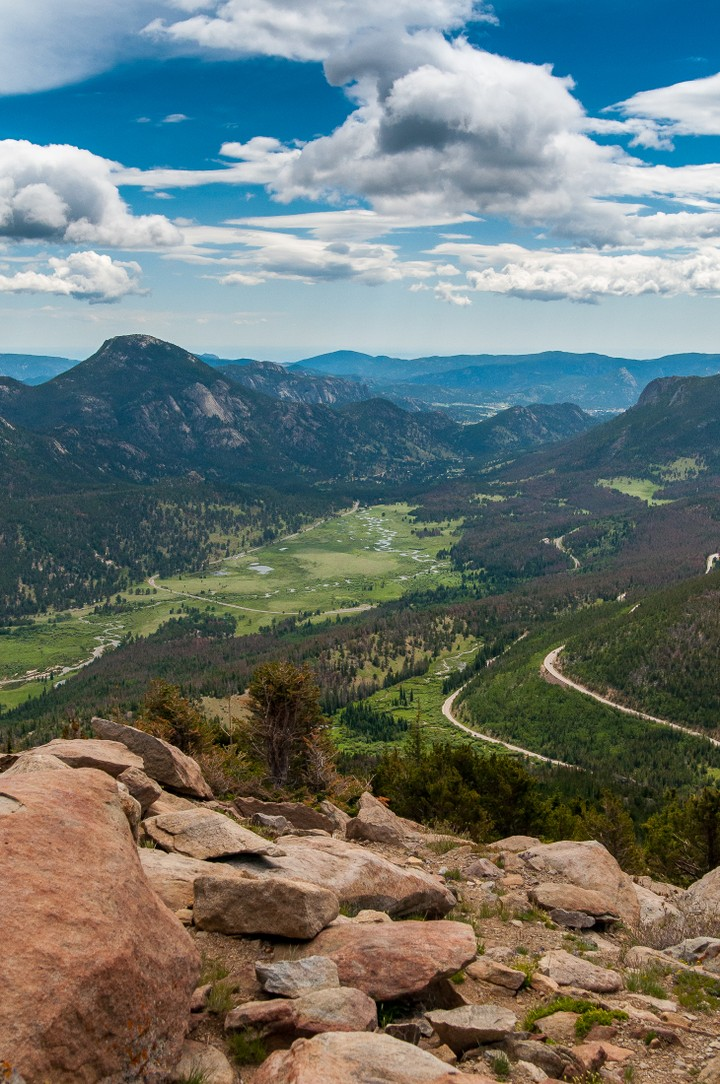 View of valley in Rocky Mountains Nat. Park.