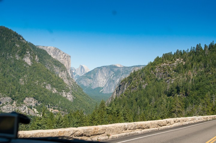Road leading up to Yosemite National Park