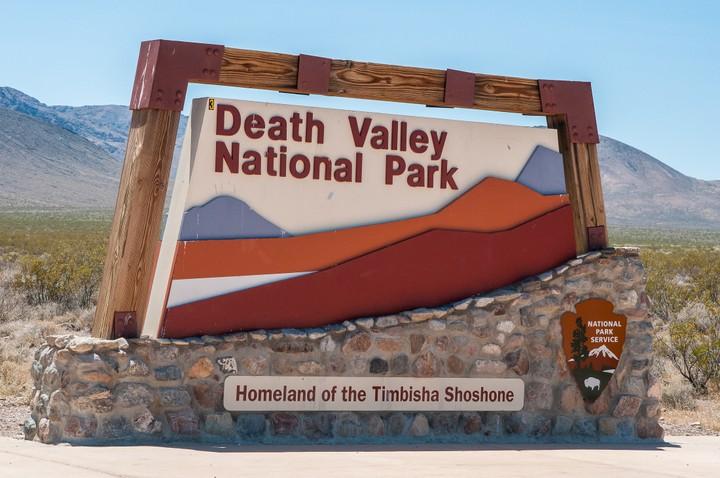 Entrance sign of Death Valley National Park