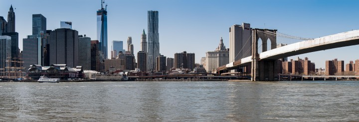 Brooklyn river front showing manhattan